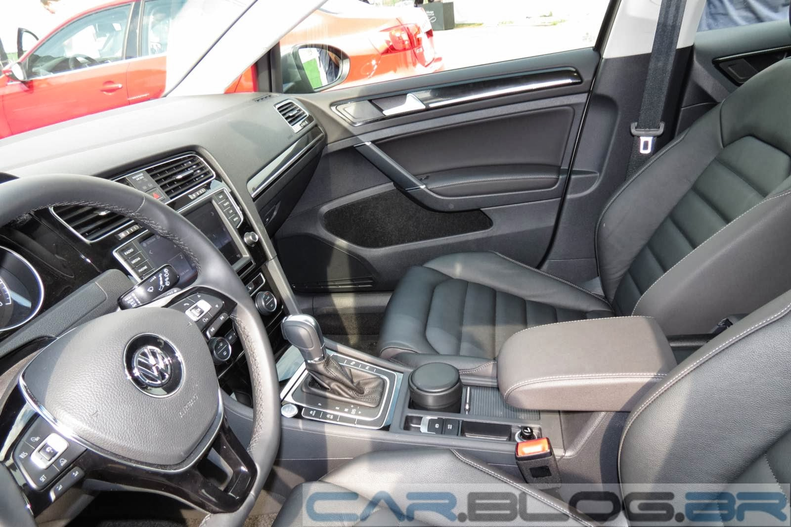VW Golf Highline DSG Automático - interior