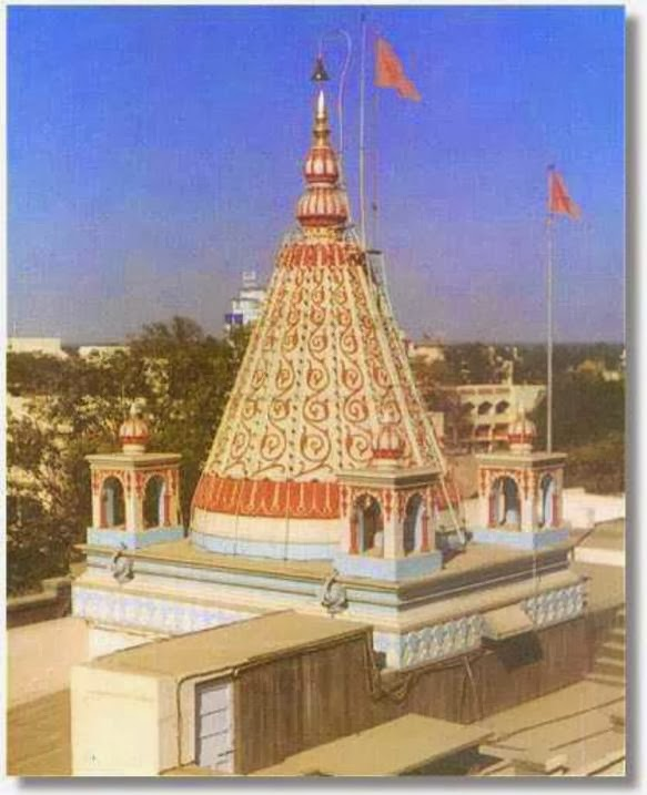 Samadhi Mandir Shirdi India
