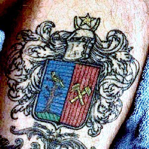 best tattoos for men coat of arms tattoo. Black Bedroom Furniture Sets. Home Design Ideas