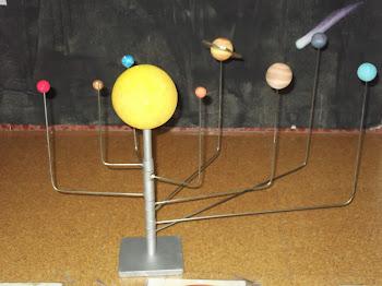 Ya tenemos nuestro planetario del Sistema Solar en clase.