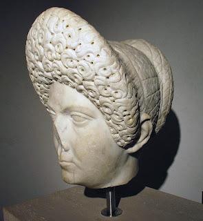 Domitia Longina, esposa de Domiciano s. I-II d.C. 9 (2)