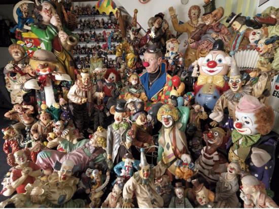 La colección más grande del mundo de payasos es un museo muy espeluznante (Creepy)