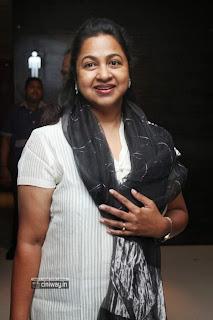 Celebrities-at-Chennai-Express-Movie-Premiere-Show