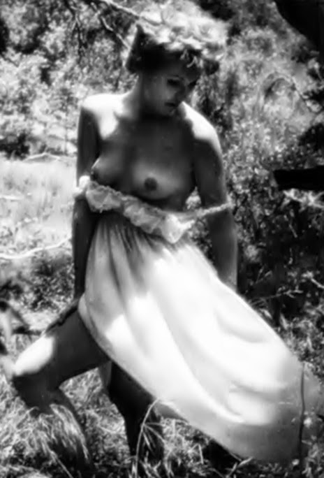 Kim Novak Nude