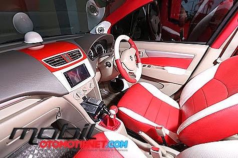 modifikasi mobil suzuki ertiga bagian tengah