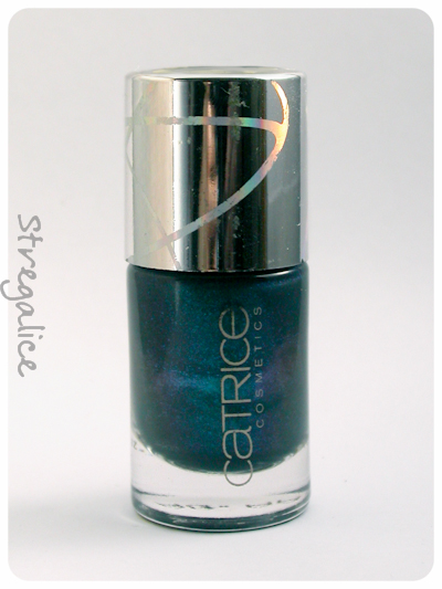 Catrice discontinued Houston's Favourite blue teal shimmer bottle