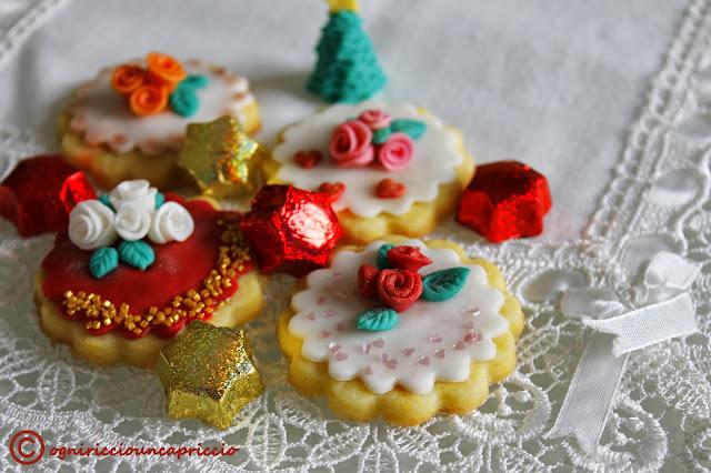 tutorial biscotti decorati con pasta di zucchero