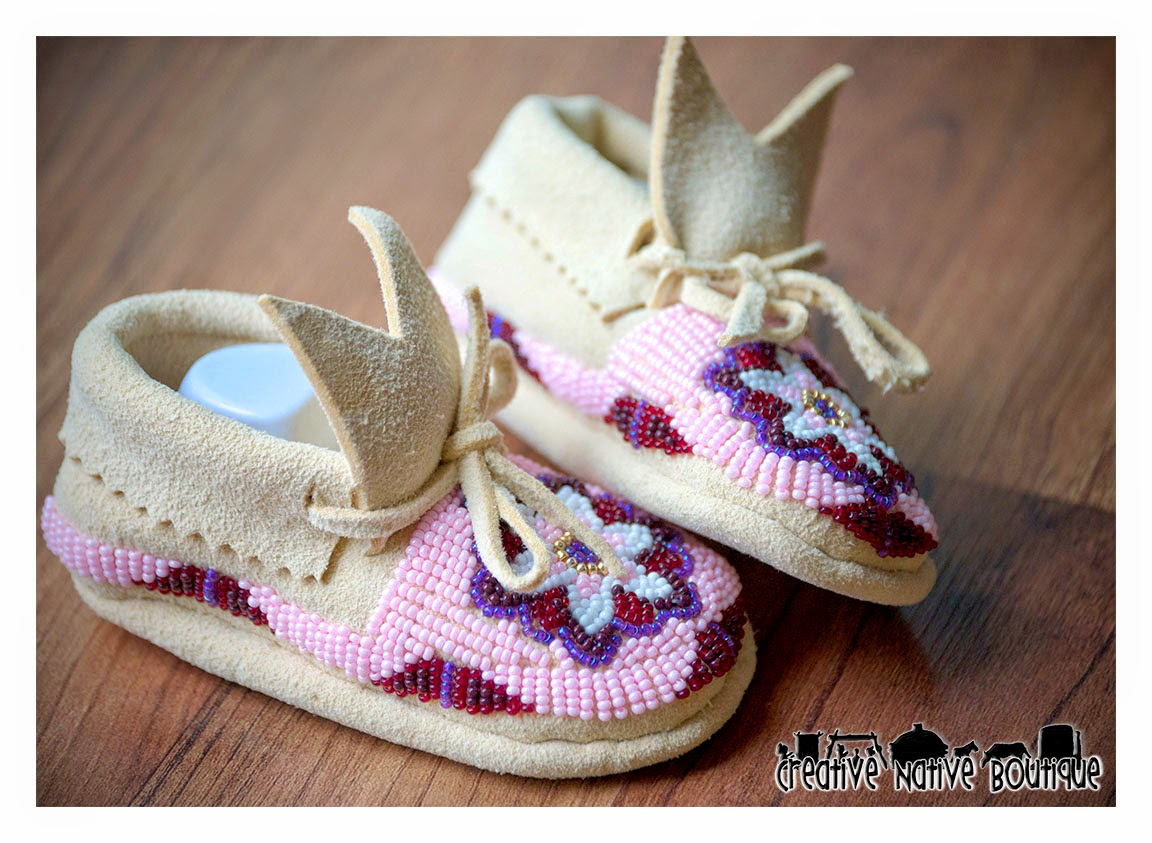 creative boutique fully beaded baby moccasins size 2