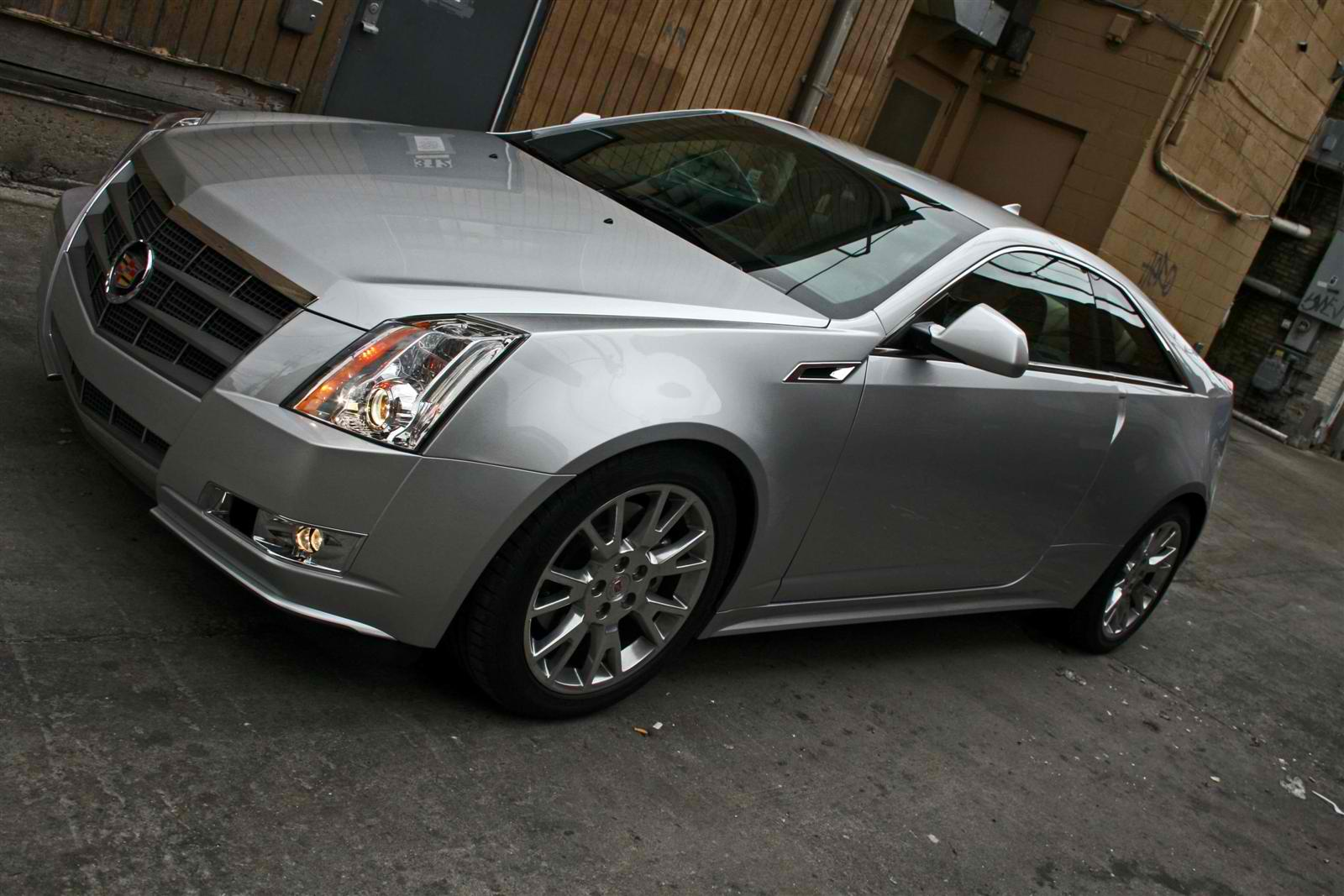 2011 cadillac cts coupe review. Black Bedroom Furniture Sets. Home Design Ideas