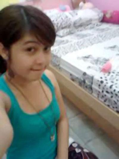Janda Montok Nungging Pic 33 of 35