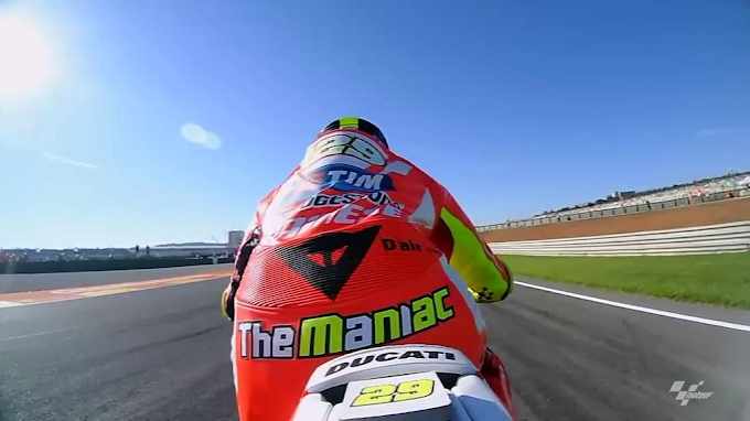 Latihan Bebas 3 MotoGP Valencia 2015 - Iannone Tak Mau Kalah!