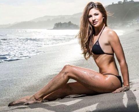 Naked Survivors: Sexy Natalie Tenerellli (Survivor
