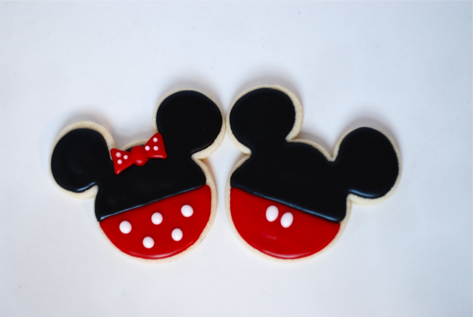 mickey and minnie mouse cookies - Mickey Mouse Christmas Cookies