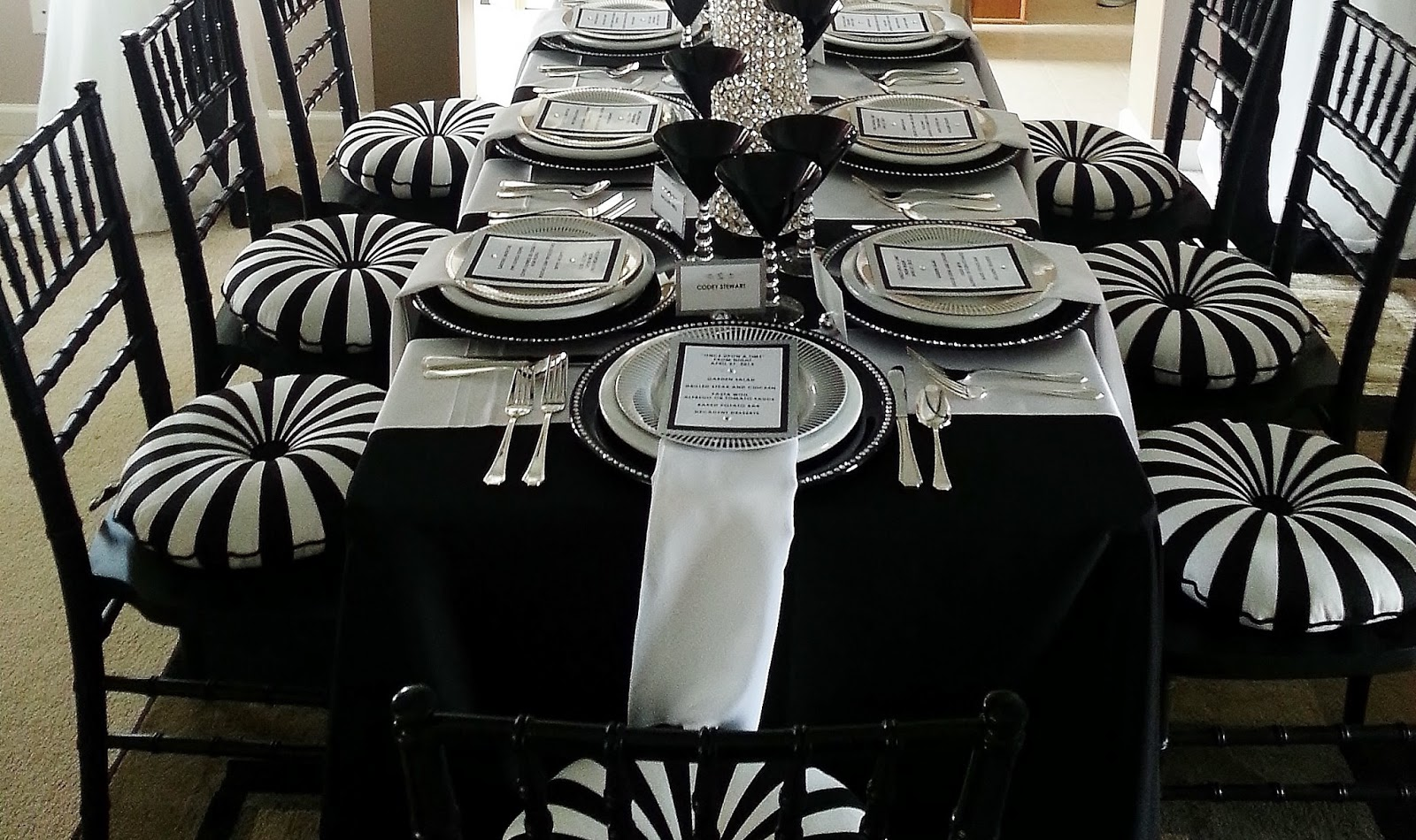 Prom Dinner Party Ideas Part - 32: Setting The Mood