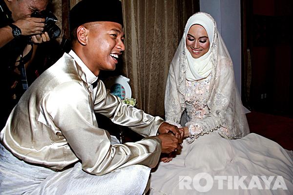 gambar natasha hudson kahwin