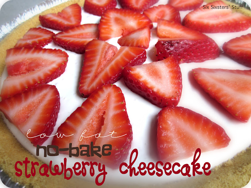 Low Fat No-Bake Strawberry Cheesecake | Six Sisters' Stuff