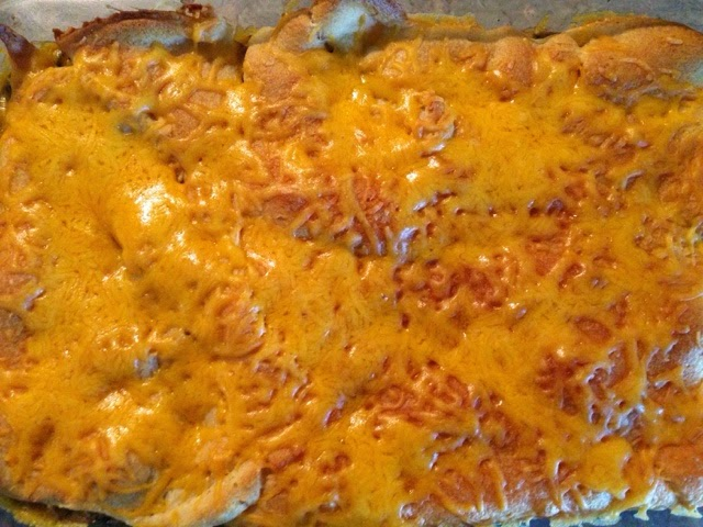 http://triciaconiglio.blogspot.com/2014/11/breakfast-casserole.html