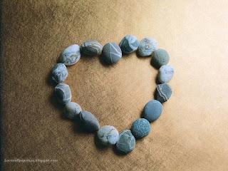 Heart Shape Stone wallpaper