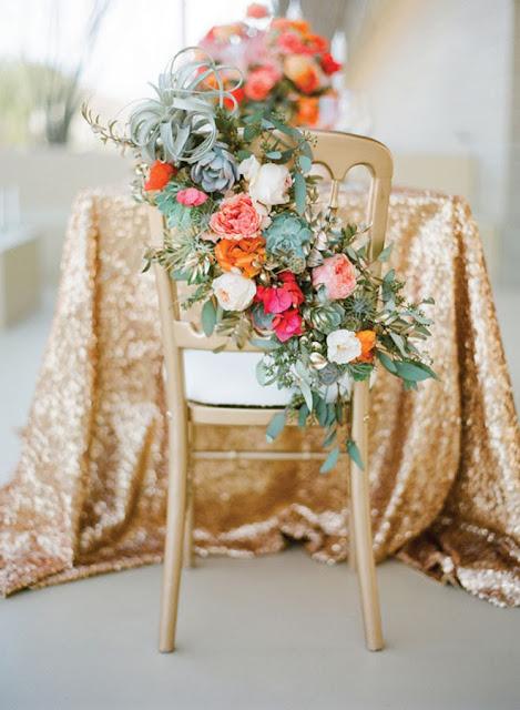 decorar sillas con flores