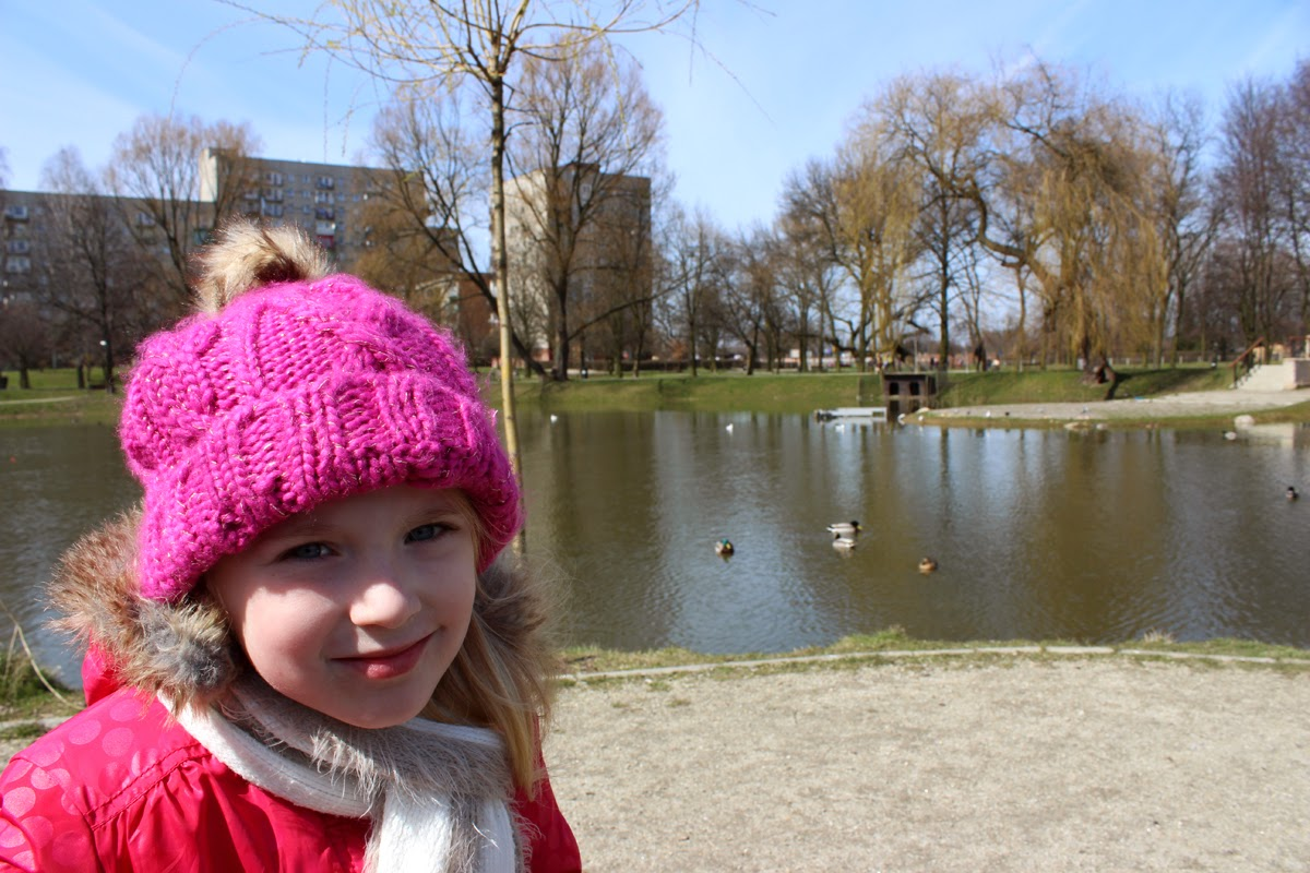 girl at the lake, pink hat, spring, awesome time, poland, todaymyway. com