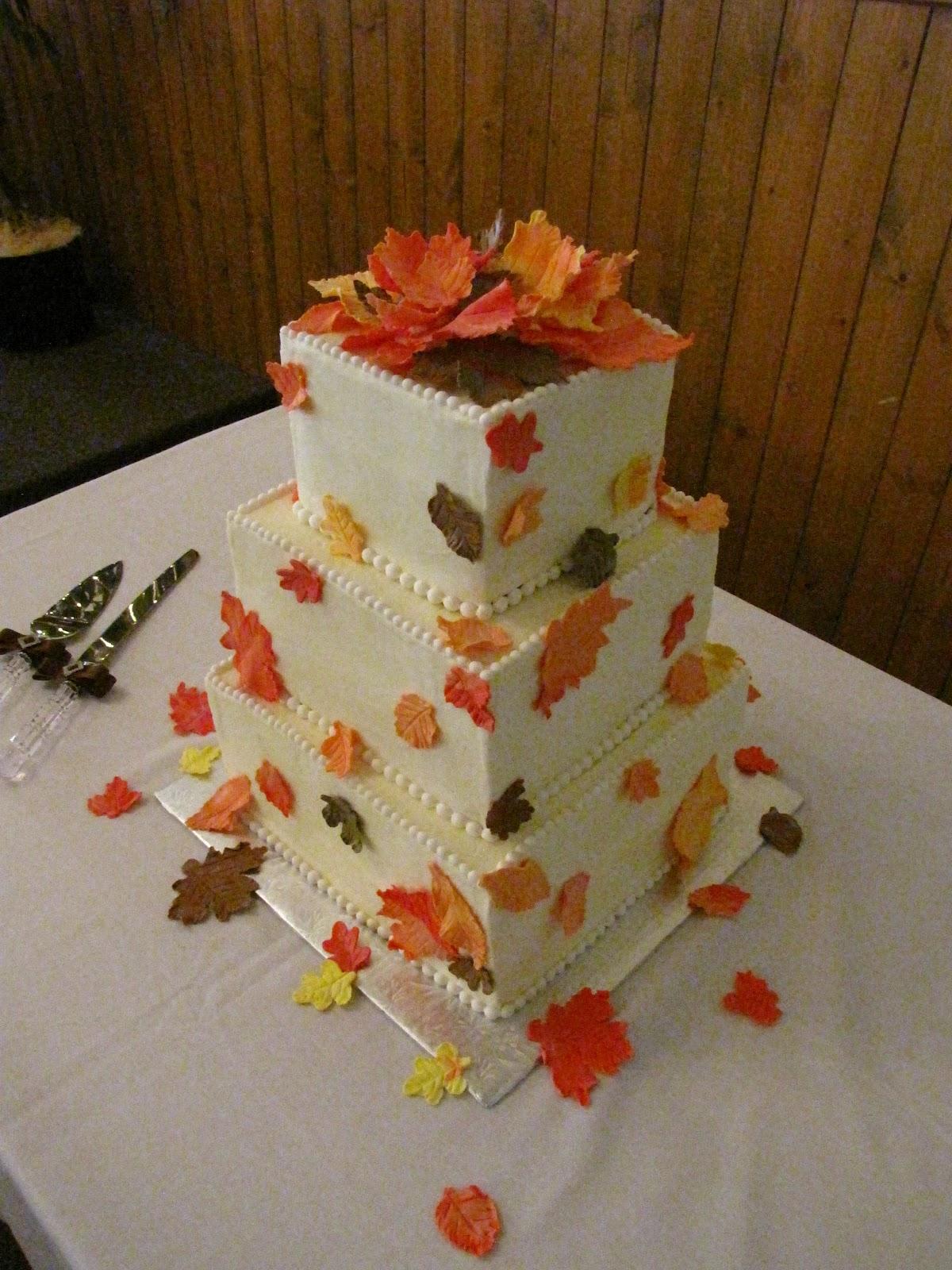Ann Marie s Creative Cakes Fall Leaves Wedding Cake