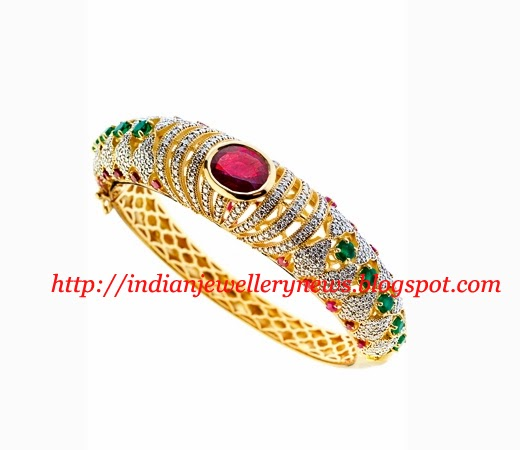 18K Diamond and Gold Style Bangle