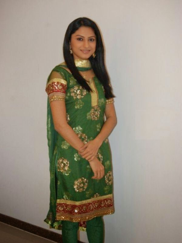 Rucha Hasabnis Wallpapers Free Download