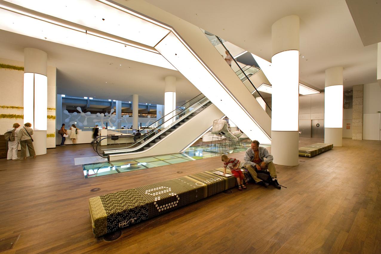 Fotograaf michael van oosten oba bibliotheek van amsterdam - Interieur bibliotheek ...
