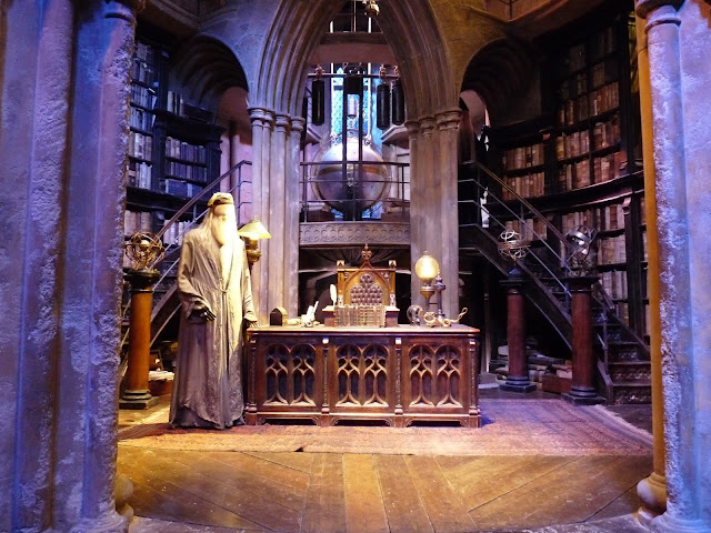 Professor Dumedore Harry potter office