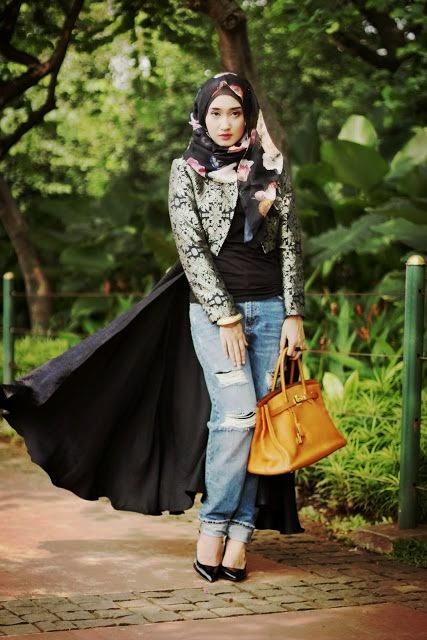 Mau Tau Model Hijab Dian Pelangi?