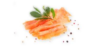photo saumon fumé avec des lentilles