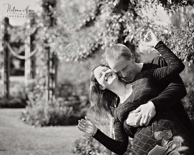 engagement photoshoot at London park