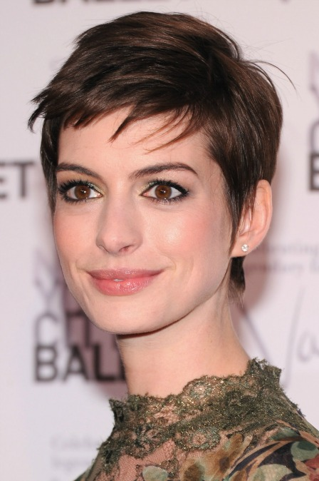 Anne Hathaway Red Carpet Celebrity Style