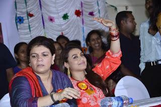 Rani Mukherjee Inagurates Self Defence for BMC Schoolgirls (4).jpg