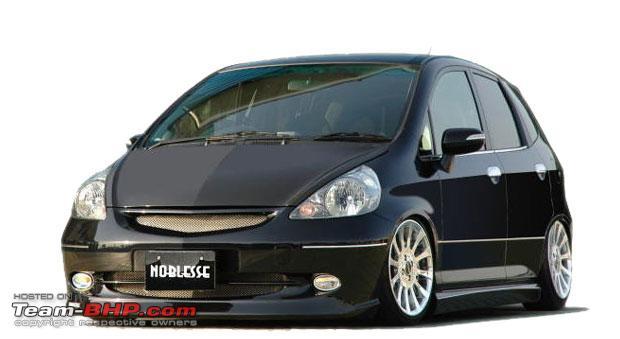 Modifikasi Honda Jazz Dengan Tampilan Ceper dengan perpaduan warna  title=