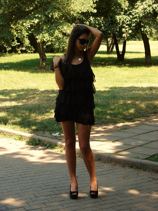 madanska, maya with black H&M dress, Asos shoes, black high heels, lookture, chictopia, fashion blogger