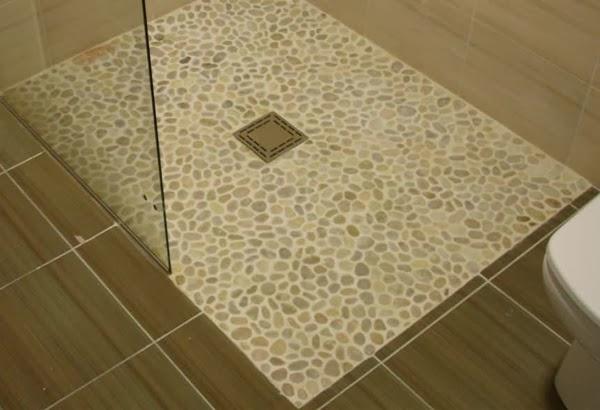 Decora tu vida diy decorar con piedras naturalmente - Suelos de ducha antideslizantes ...