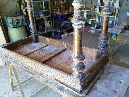 El taller de la madera mesa con tallas y patas torneadas - Patas torneadas de madera ...