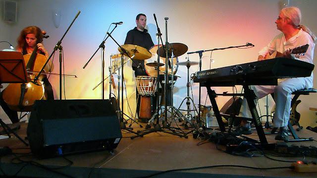 Merike Hilmar, Christian Strobl et Gandalf en concert à Lindlar / photo S. Mazars