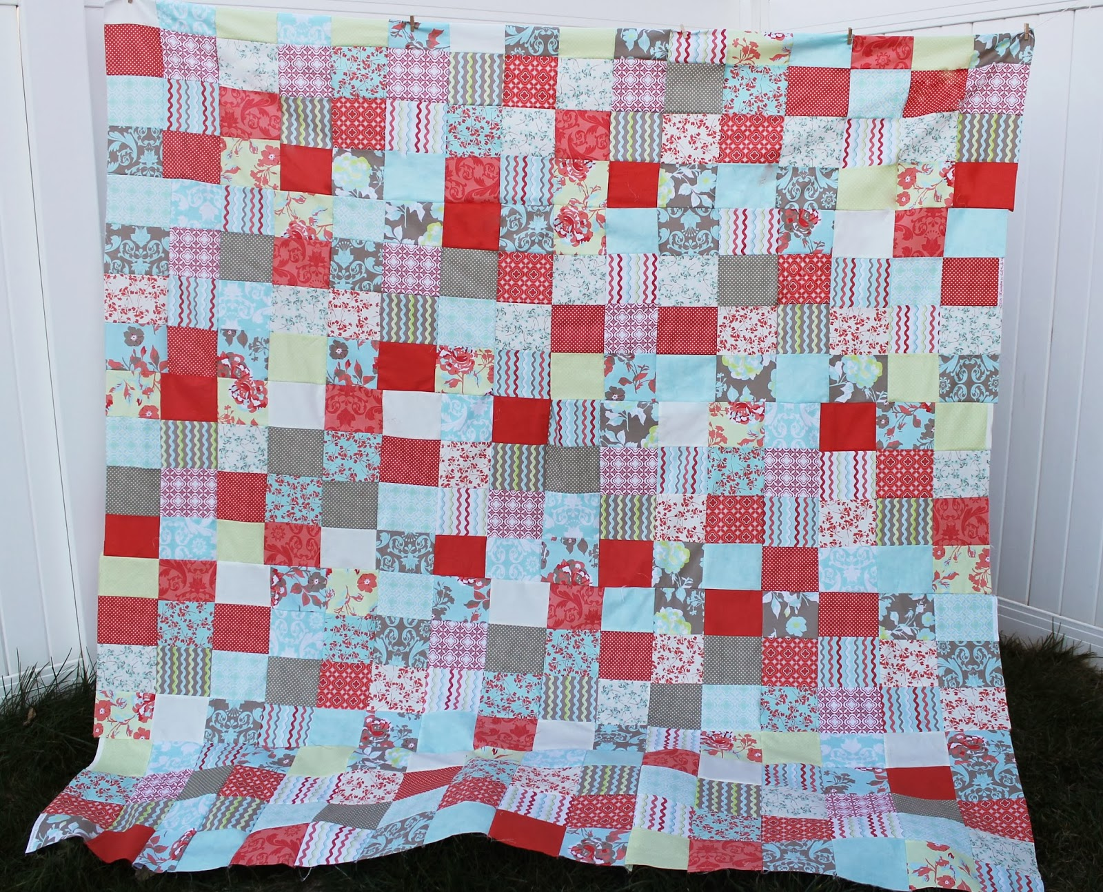 Free quilt patterns for beginners easy patchwork the stitching i am kinda proud of myself for the way it turned out love it cant beat free quilt patterns for beginners take a look at the finished quilt here jeuxipadfo Gallery