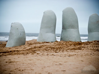 http://4.bp.blogspot.com/-9Tm9L75Lw3Y/USRqQ6asQdI/AAAAAAAALOk/4laUd5AW9m0/s1600/art-giant-hand-punta-del-este-punta-del-diablo.jpg