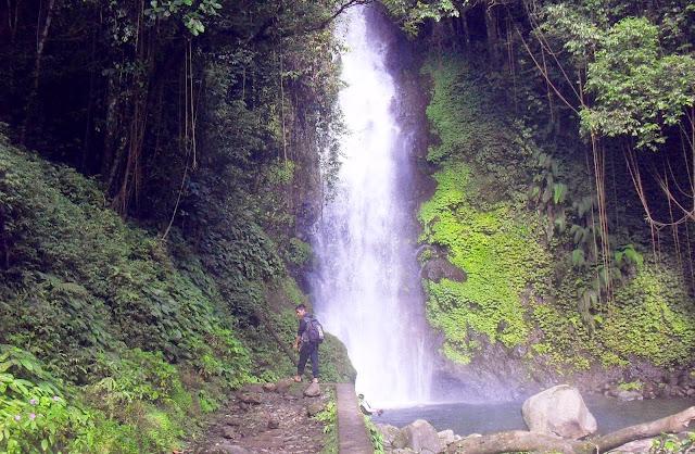 Wisata Alam Air Terjun Kembar Barambang Sinjai