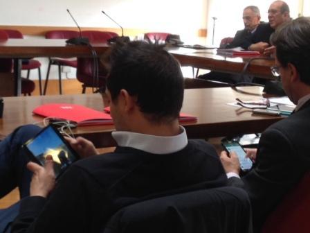 Sala Giochi Torino : Unopposizione da videogame una sala giochi chiamata municipio