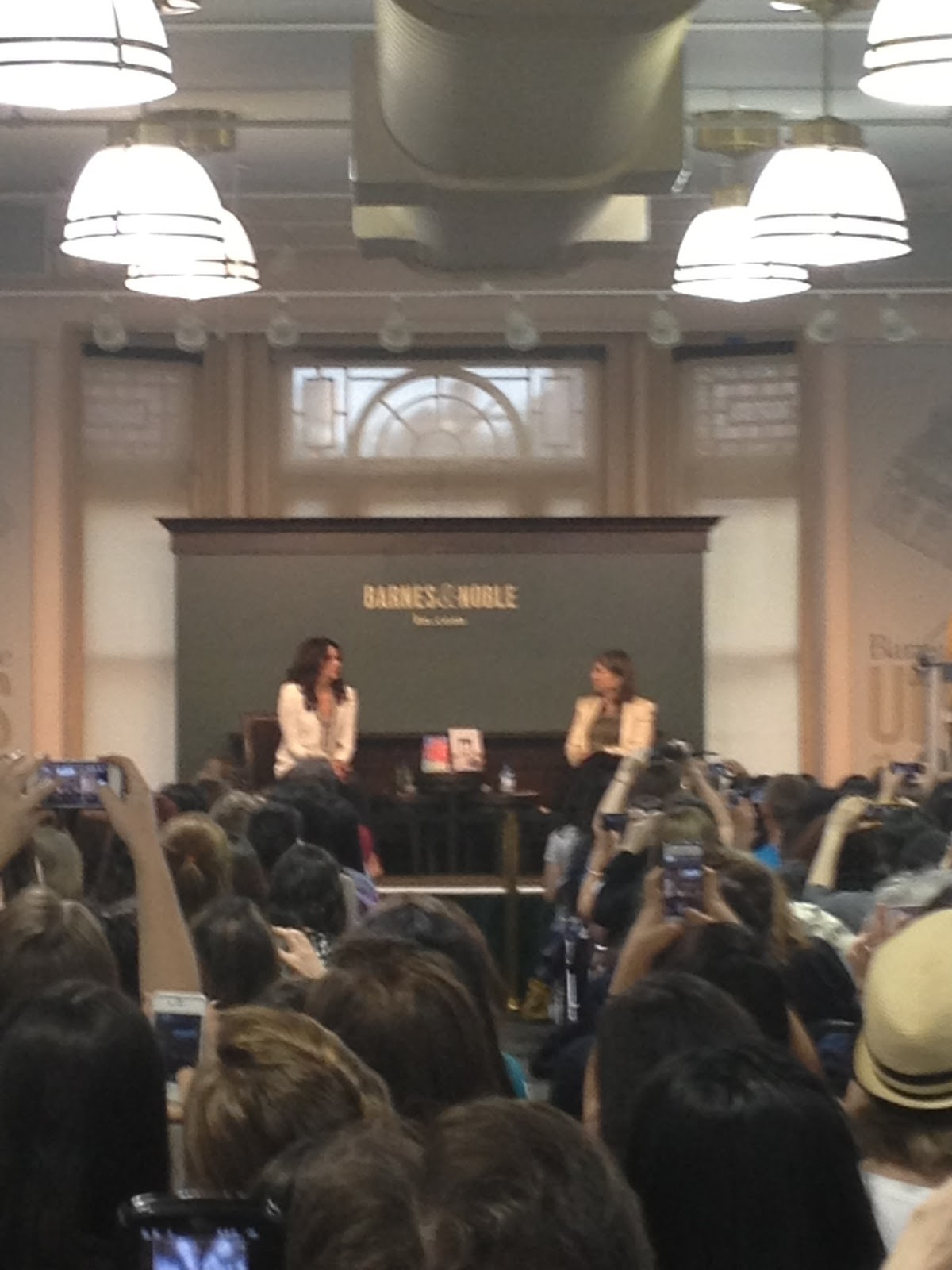my first book signing someday someday be ummm now what we saw lauren graham who wrote a book called someday someday be and guys anna quindlen was the moderator my mom loves anna quindlen