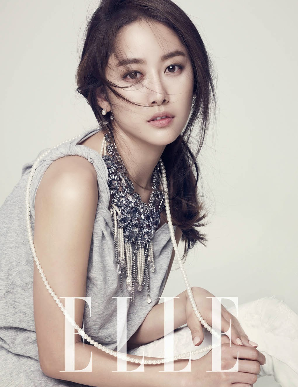 Jeon Hye Bin - Elle Magazine February Issue 2014