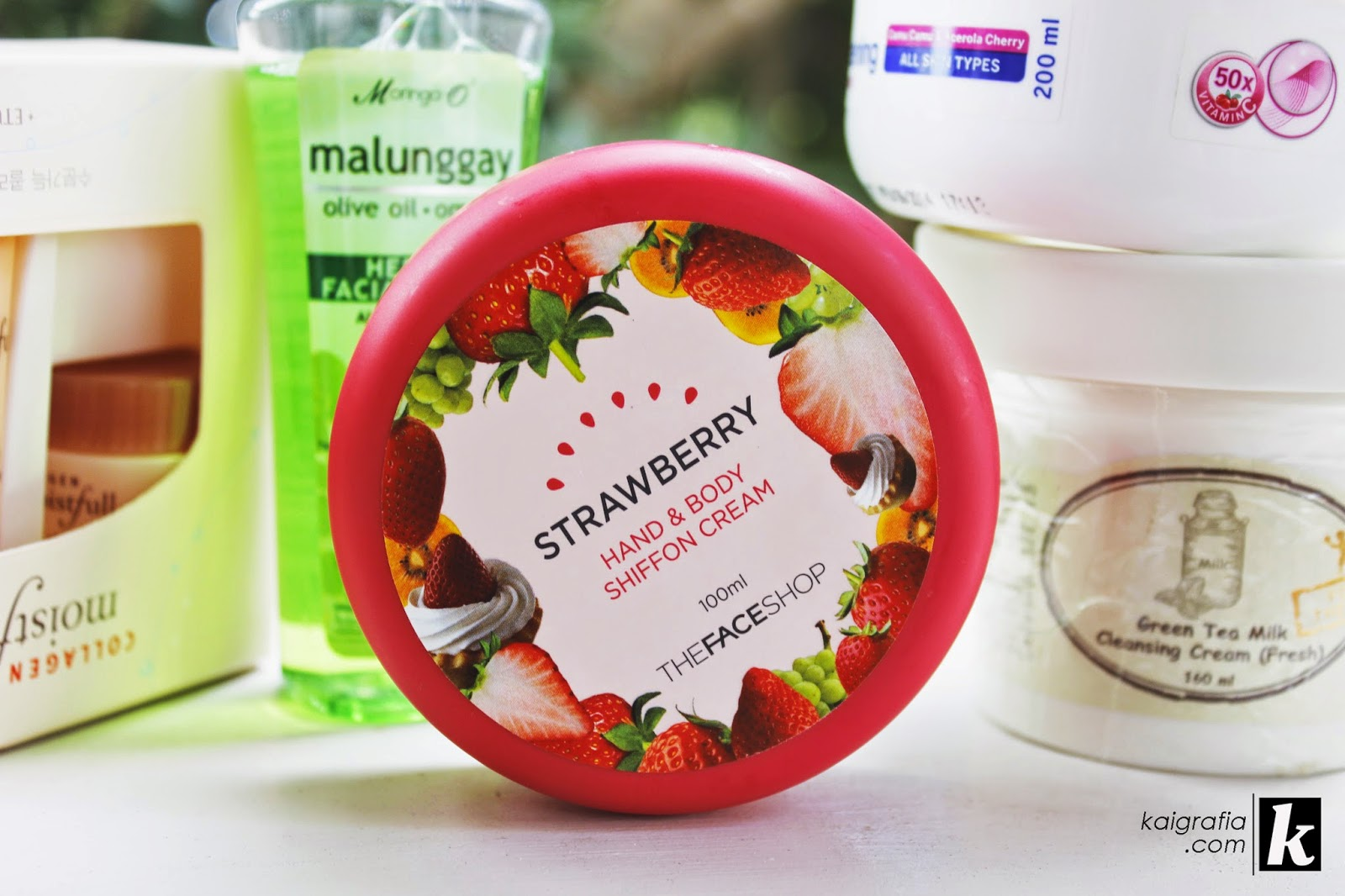 The Face Shop Hand and Body Chiffon Cream Strawberry