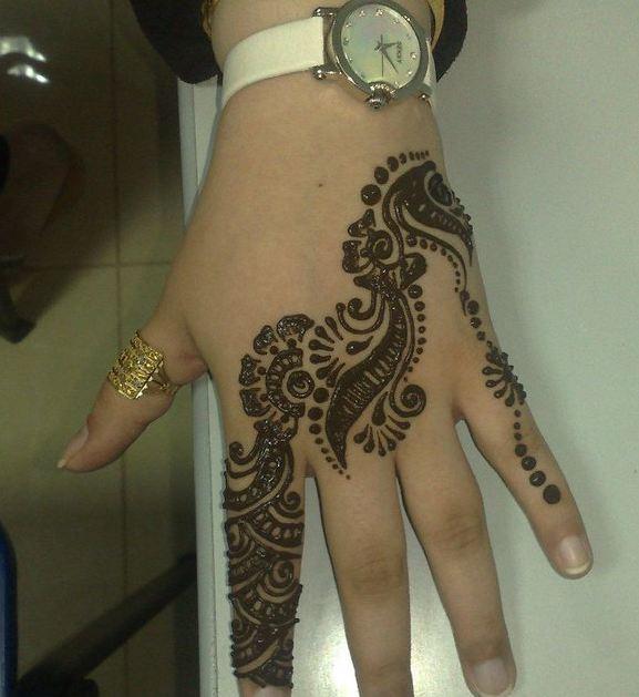 Mehandi Henna Reviews : Mehandi henna designs chori choriyaan