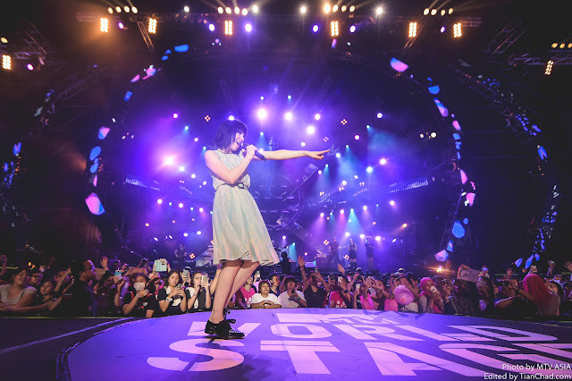 Carly Rae Jepsen performing at MTV World Stage Malaysia 2015 on 12 Sep Pic 1 (Credit - MTV Asia & Kristian Dowling)
