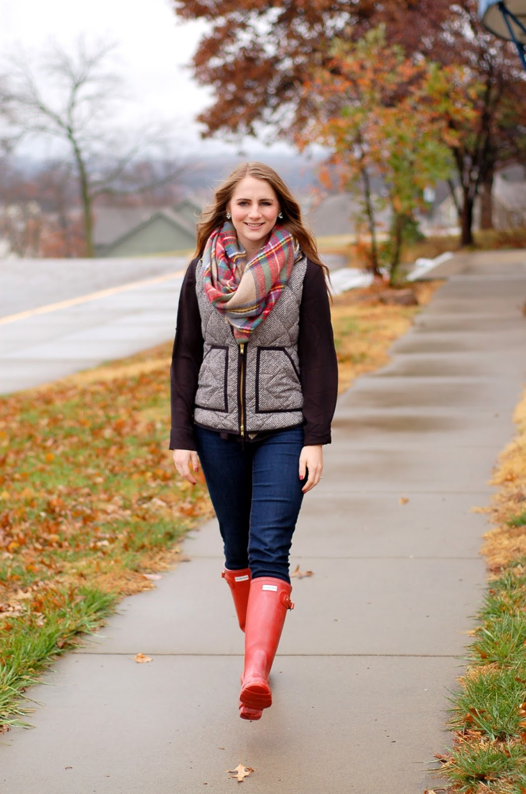 hunter rainboots with the herringbone vest