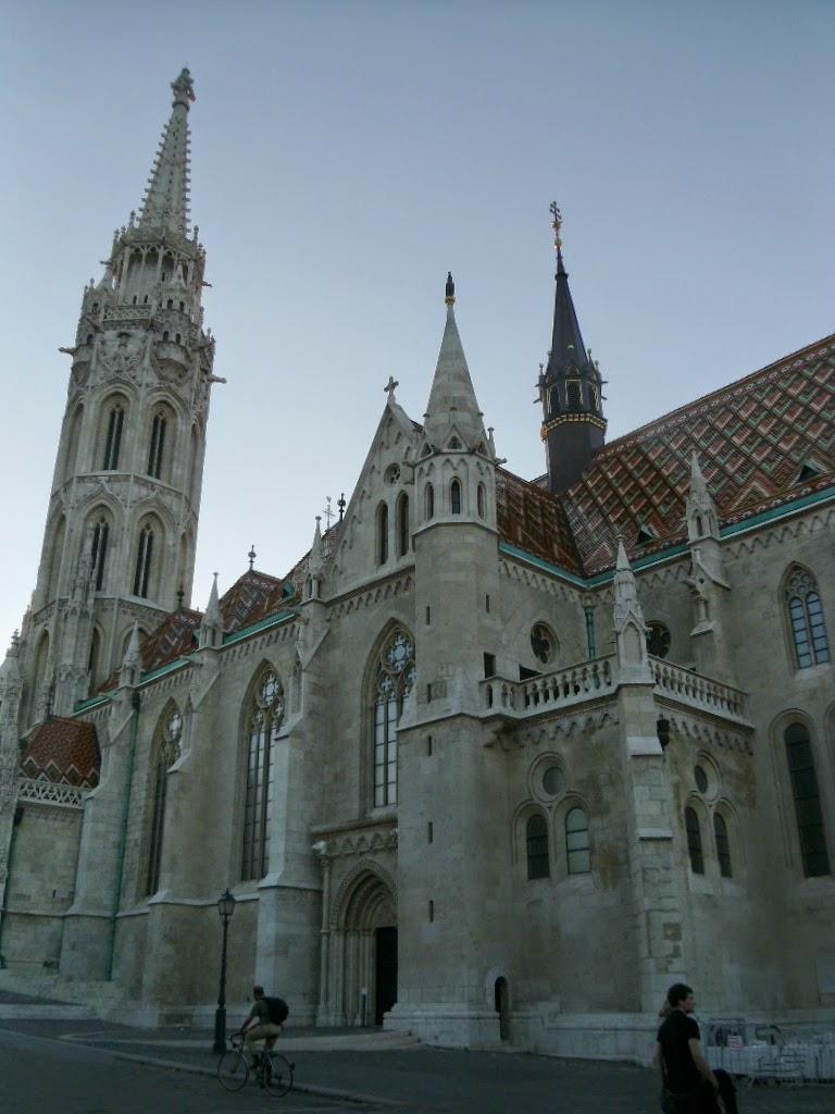 Telhado da Igreja Matyas Budapeste